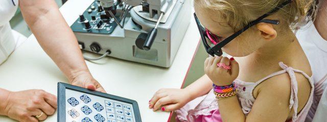 Young Girl Child Eye Exam 1280x480 640x240